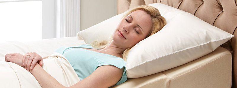 نحوه خوابیدن بعد از عمل بینی را یاد بگیرید !