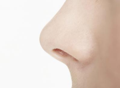 عمل جراحی زیبایی بینی با لیزر